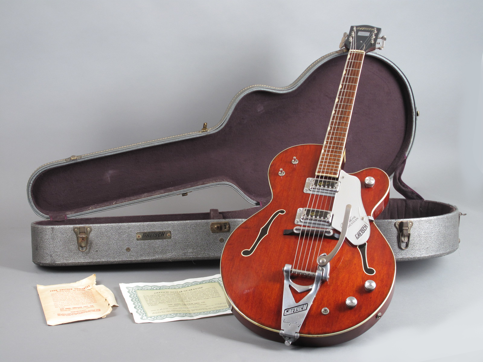 https://guitarpoint.de/app/uploads/products/1967-gretsch-chet-atkins-tennessean/1967-Gretsch-6119-Tennessean-77271-13.jpg