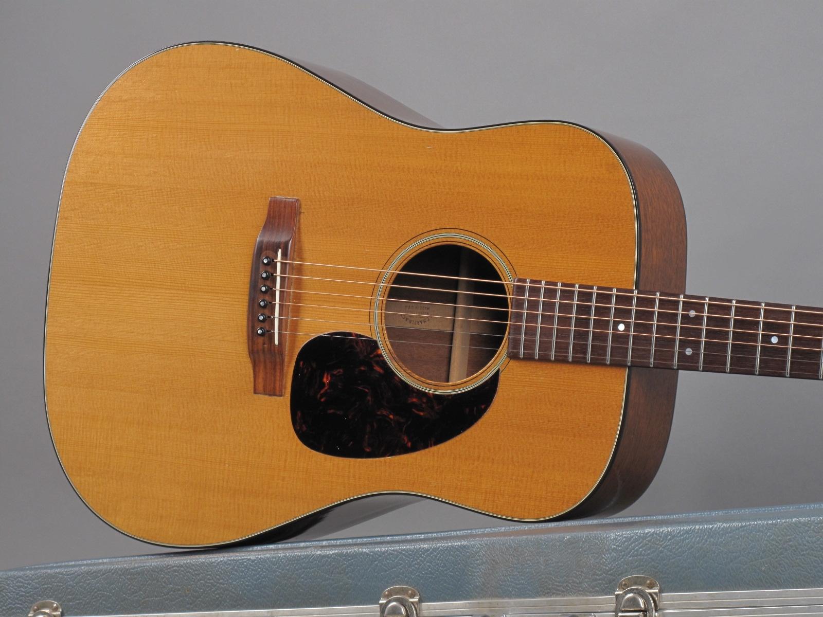 https://guitarpoint.de/app/uploads/products/1967-martin-d-18-natural/1967-Martin-D-18-Natural-218214-19.jpg