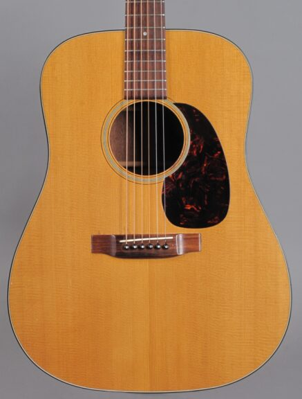 https://guitarpoint.de/app/uploads/products/1967-martin-d-18-natural/1967-Martin-D-18-Natural-218214-2-437x576.jpg