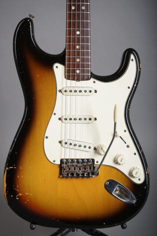 1968 Fender Stratocaster - Sunburst