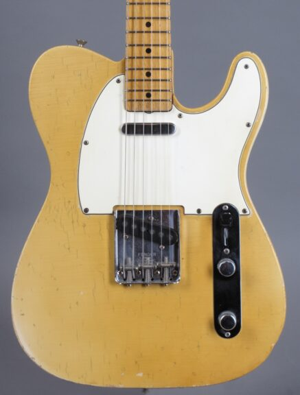https://guitarpoint.de/app/uploads/products/1968-fender-telecaster-blond-lightweight-328-kg-2/1968-Fender-Telecaster-Blond-246382-2-437x576.jpg