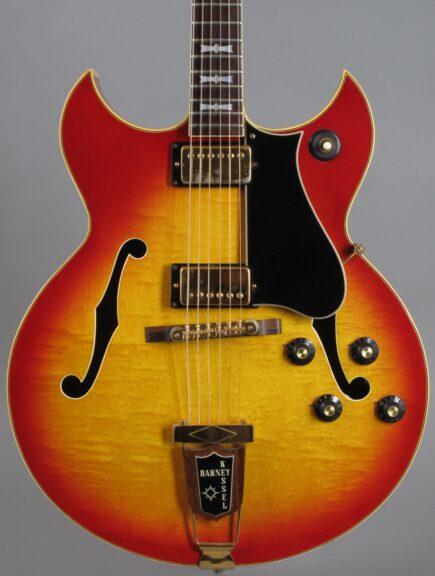 https://guitarpoint.de/app/uploads/products/1968-gibson-barney-kessel-cherry-sunburst-2/1968-Gibson-Barney-Kessel-Sunburst-899560_2-435x576.jpg