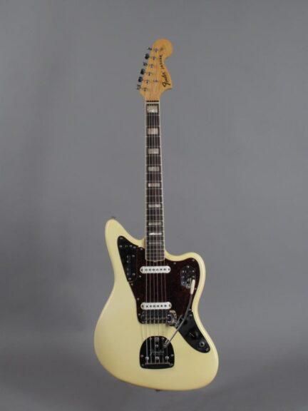 https://guitarpoint.de/app/uploads/products/1969-fender-jaguar-olympic-white/1969-Fender-Jaguar-Olympic-White-297391_1-432x576.jpg