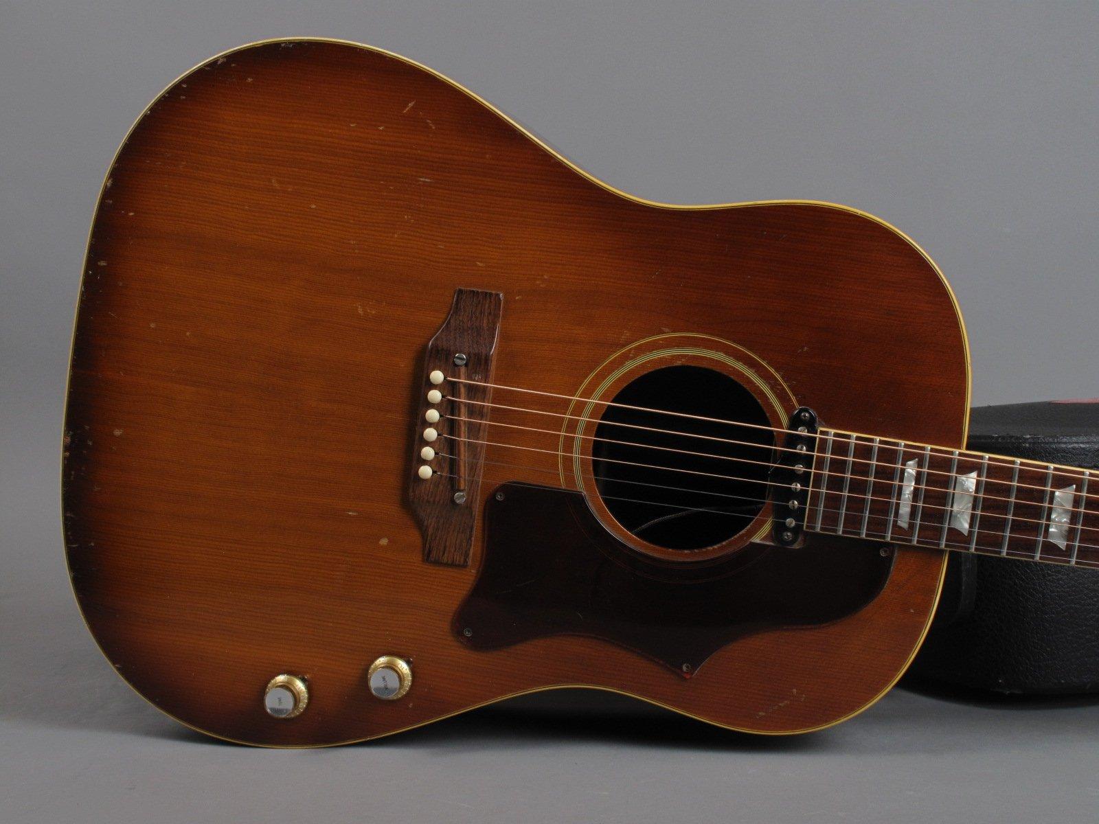 https://guitarpoint.de/app/uploads/products/1969-gibson-j-160e-sunburst/1969-Gibson-J160E-830439-10.jpg