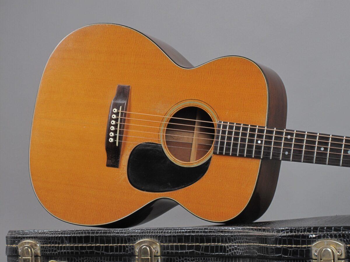 https://guitarpoint.de/app/uploads/products/1969-martin-000-18-natural/1969-Martin-000-18-Natural-252425-19-1200x900.jpg