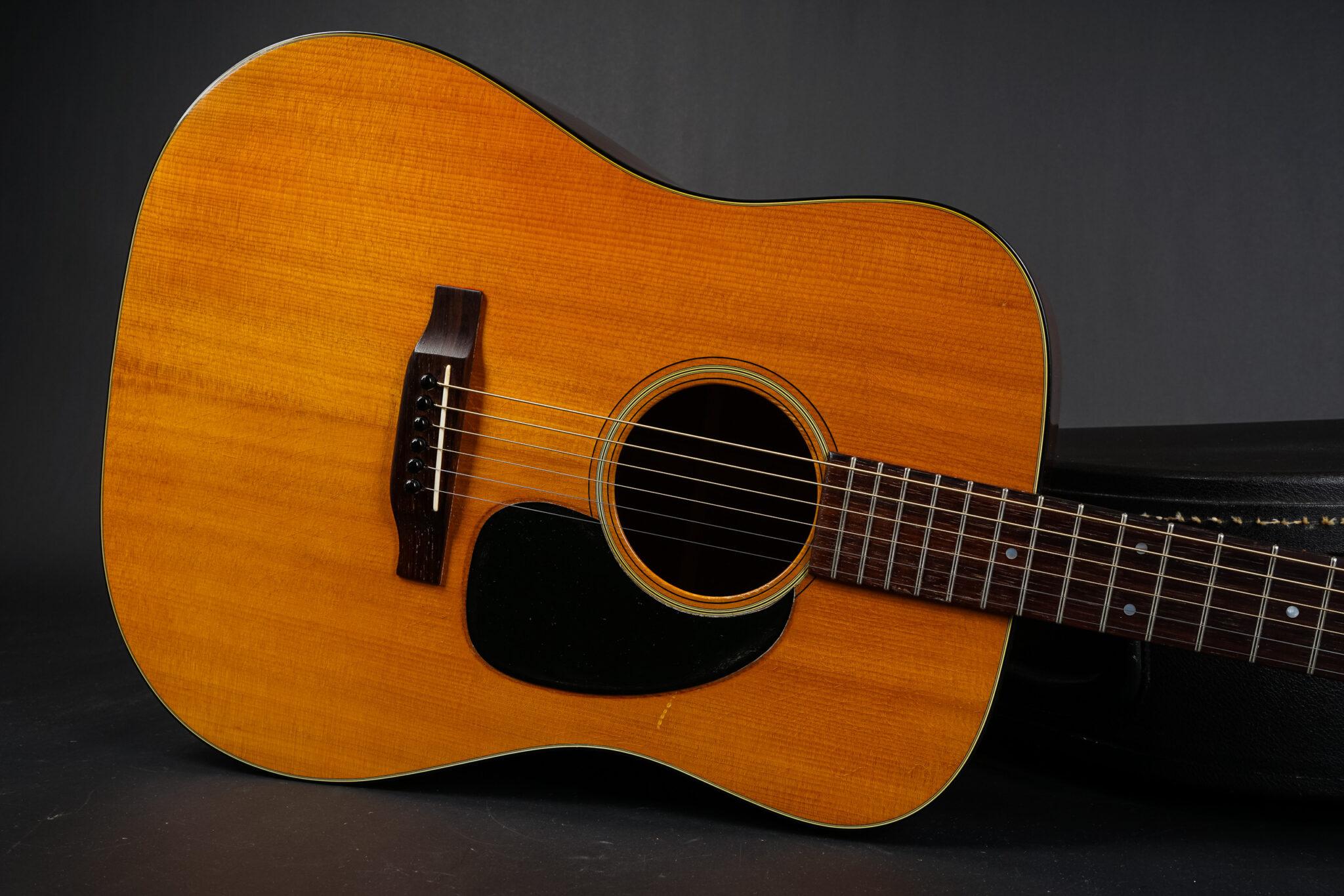 https://guitarpoint.de/app/uploads/products/1969-martin-d-18-natural-2/1969-Martin-D-18-249162-9-2048x1366.jpg