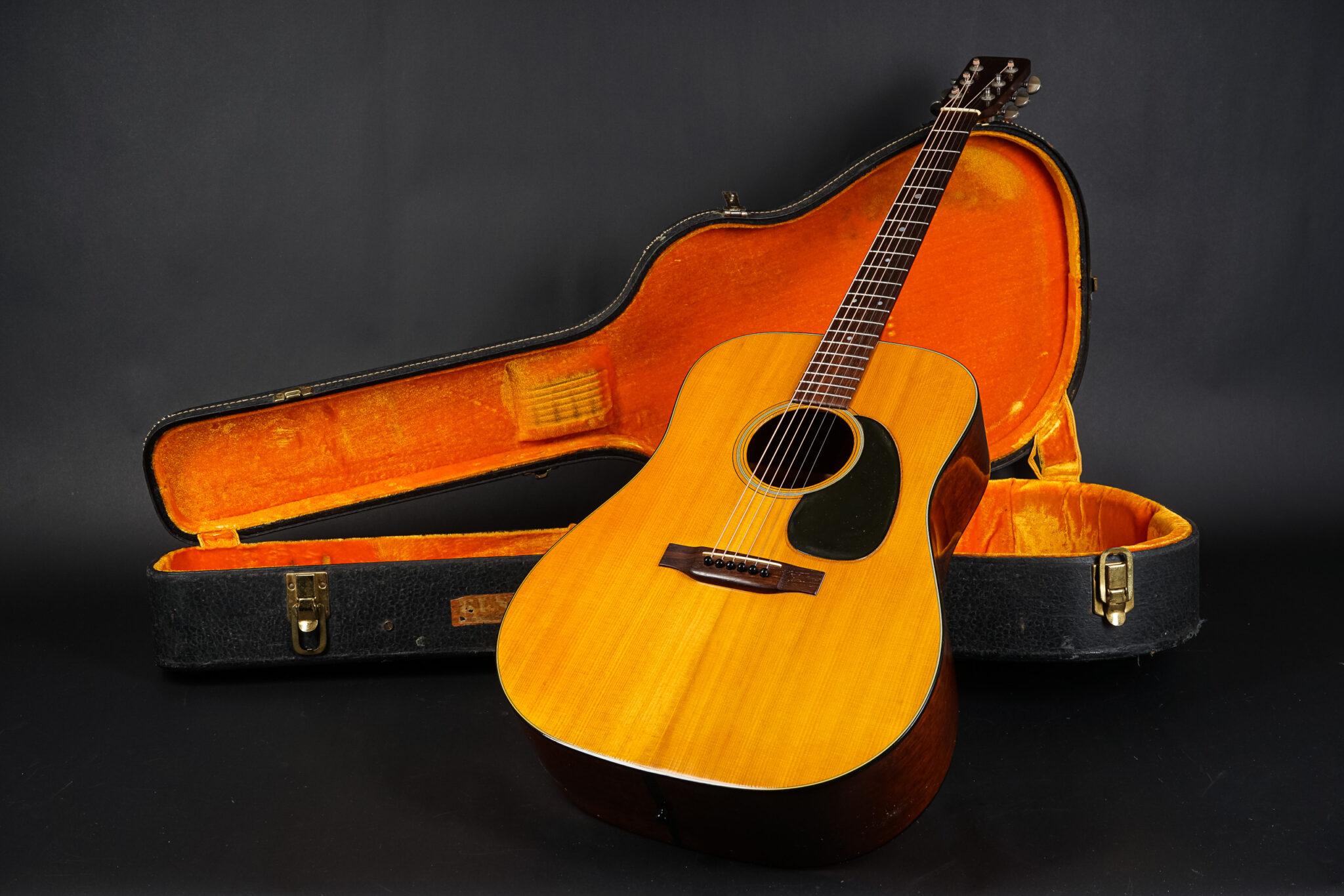 https://guitarpoint.de/app/uploads/products/1969-martin-d-18-natural-2/1969-Martin-D18-NT-249162-8-2048x1366.jpg