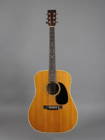 https://guitarpoint.de/app/uploads/products/1969-martin-d-28-natural/1969-Martin-D-28-Natural-251219-1-432x576.jpg