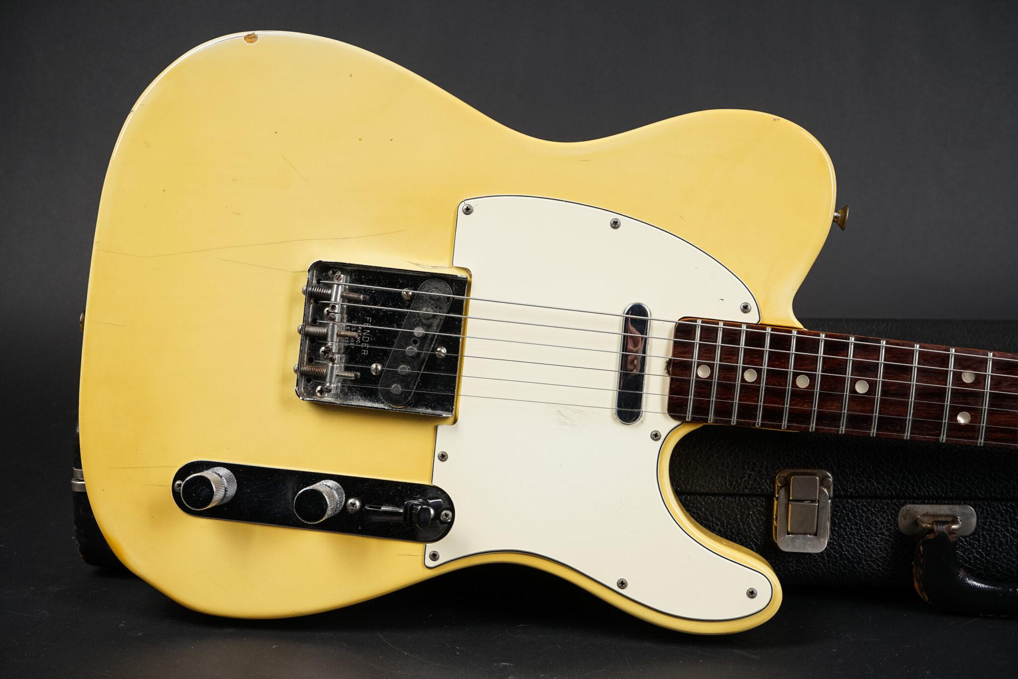https://guitarpoint.de/app/uploads/products/1970-fender-telecaster-blond-3/1970-Fender-Telecaster-Blonde-307216-8-2048x1366.jpg