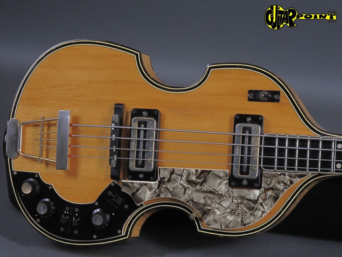 https://guitarpoint.de/app/uploads/products/1970-hofner-5000-1m-super-beatles-bass-natural-2/Hofner70_5000NT_151-1200x900.jpg