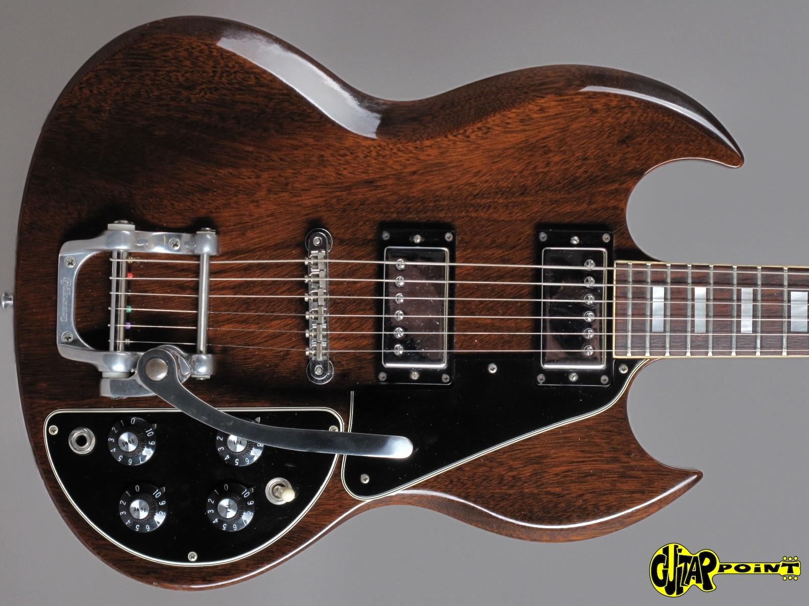 https://guitarpoint.de/app/uploads/products/1971-gibson-sg-deluxe-walnut-2/Gibson71SGDlxCH629540_2q.jpg