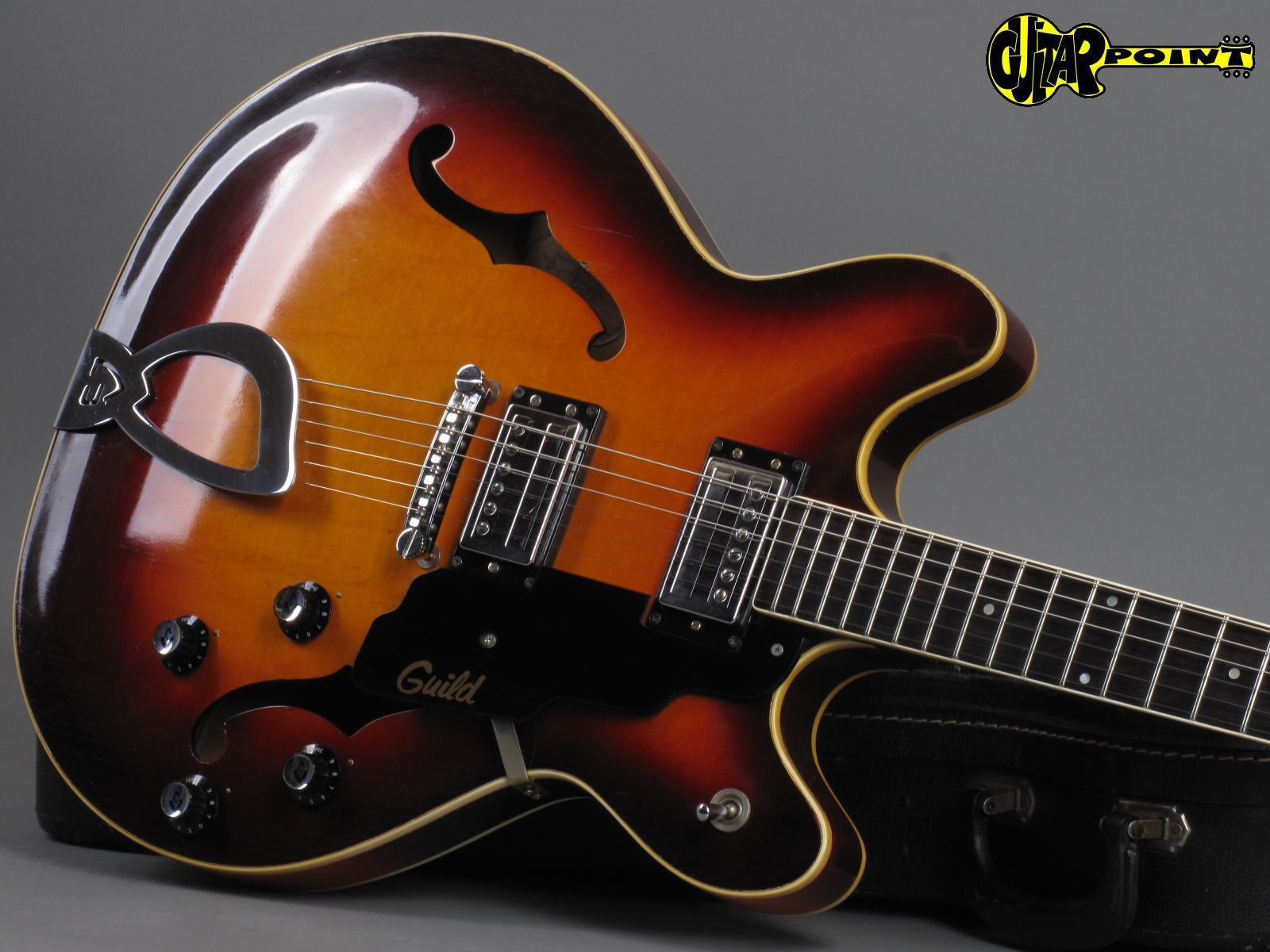 https://guitarpoint.de/app/uploads/products/1971-guild-starfire-iv-sunburst/Guild71SF4SB54182_19.jpg