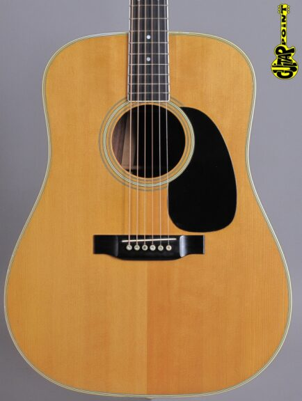 https://guitarpoint.de/app/uploads/products/1971-martin-d-35-natural/Martin75D35NT281456_2-434x576.jpg