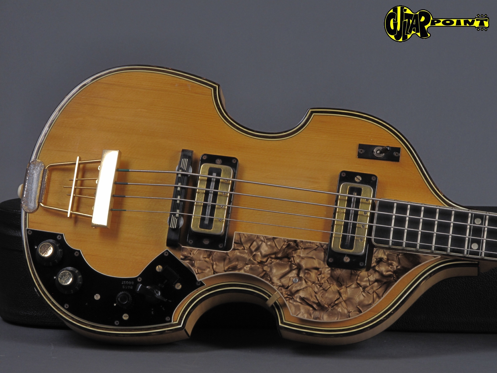 https://guitarpoint.de/app/uploads/products/1972-hoefner-5000-1b-super-beatles-bass-natural/Hofner72_5000B_19.jpg