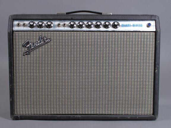 https://guitarpoint.de/app/uploads/products/1973-fender-deluxe-reverb/1972-Fender-Deluxe-Reverb-A36920-1-576x432.jpg