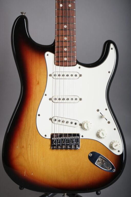 1973 Fender Stratocaster Hardtail - Sunburst ...3,16Kg