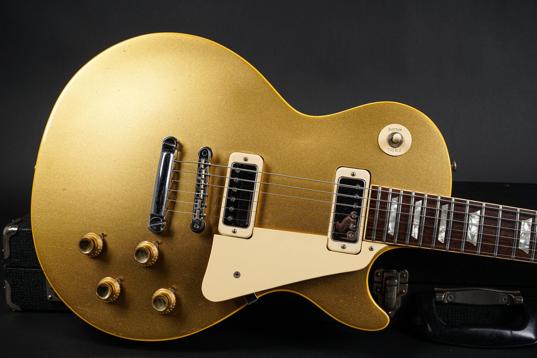 https://guitarpoint.de/app/uploads/products/1973-gibson-les-paul-deluxe-goldtop-exc/1973-Gibson-Les-Paul-Deluxe-Goldtop-778585-8-2048x1366.jpg