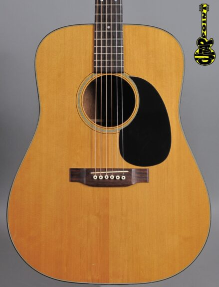 https://guitarpoint.de/app/uploads/products/1973-martin-d-18-natural/Martin73D18NT320994_2-439x576.jpg