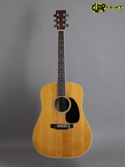 https://guitarpoint.de/app/uploads/products/1973-martin-d-35-natural/Martin73D35NT331970_1-432x576.jpg