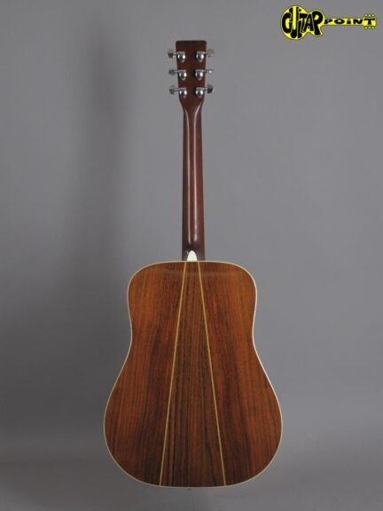 https://guitarpoint.de/app/uploads/products/1973-martin-d-35-natural/Martin73D35NT331970_3-432x576.jpg