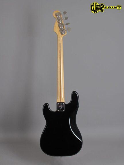 https://guitarpoint.de/app/uploads/products/1974-fender-precision-bass-black-fretless/Fender74PreciBlkMNFL_641545_3-432x576.jpg
