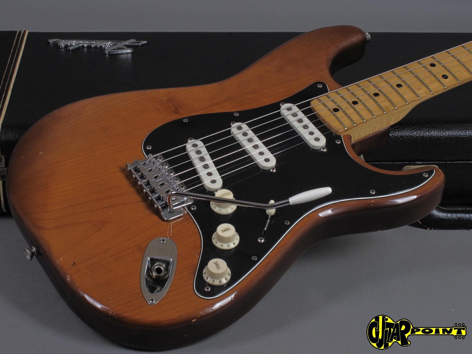 https://guitarpoint.de/app/uploads/products/1974-fender-stratocaster-mocha-2/Fender74StrMocha532533_17.jpg