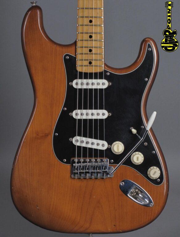 1974 Fender Stratocaster - Mocha
