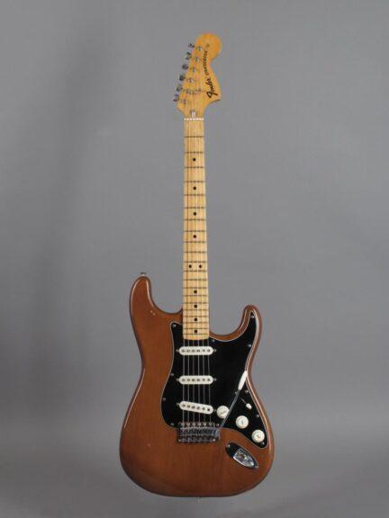 https://guitarpoint.de/app/uploads/products/1974-fender-stratocaster-mocha-3/1974-Fender-Stratocaster-Mocha-580048_1-432x576.jpg