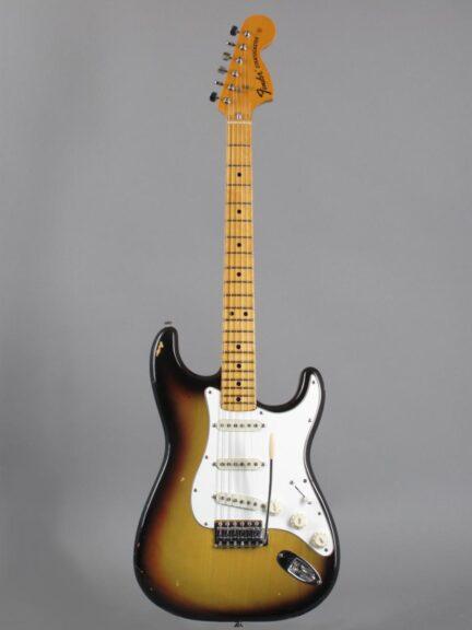 https://guitarpoint.de/app/uploads/products/1974-fender-stratocaster-sunburst-2/1974-Fender-Stratocaster-Sunburst-532664-1-432x576.jpg