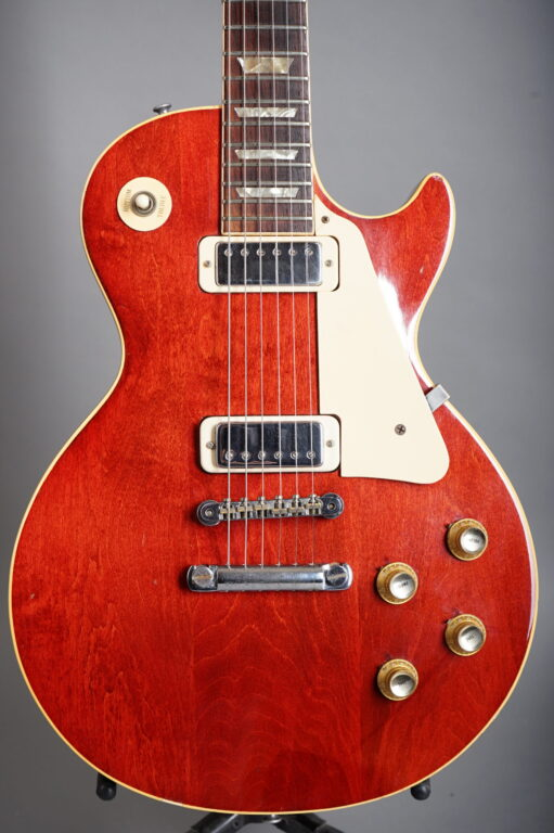 1974 Gibson Les Paul Deluxe - Cherry Red