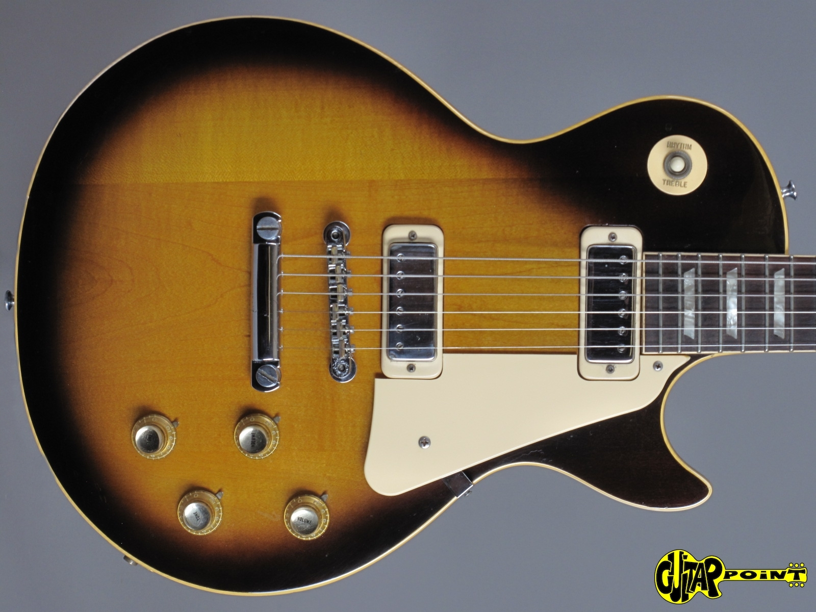 https://guitarpoint.de/app/uploads/products/1974-gibson-les-paul-deluxe-tobacco-sunburst/Gibson73LPDL_TSB171621_2q.jpg