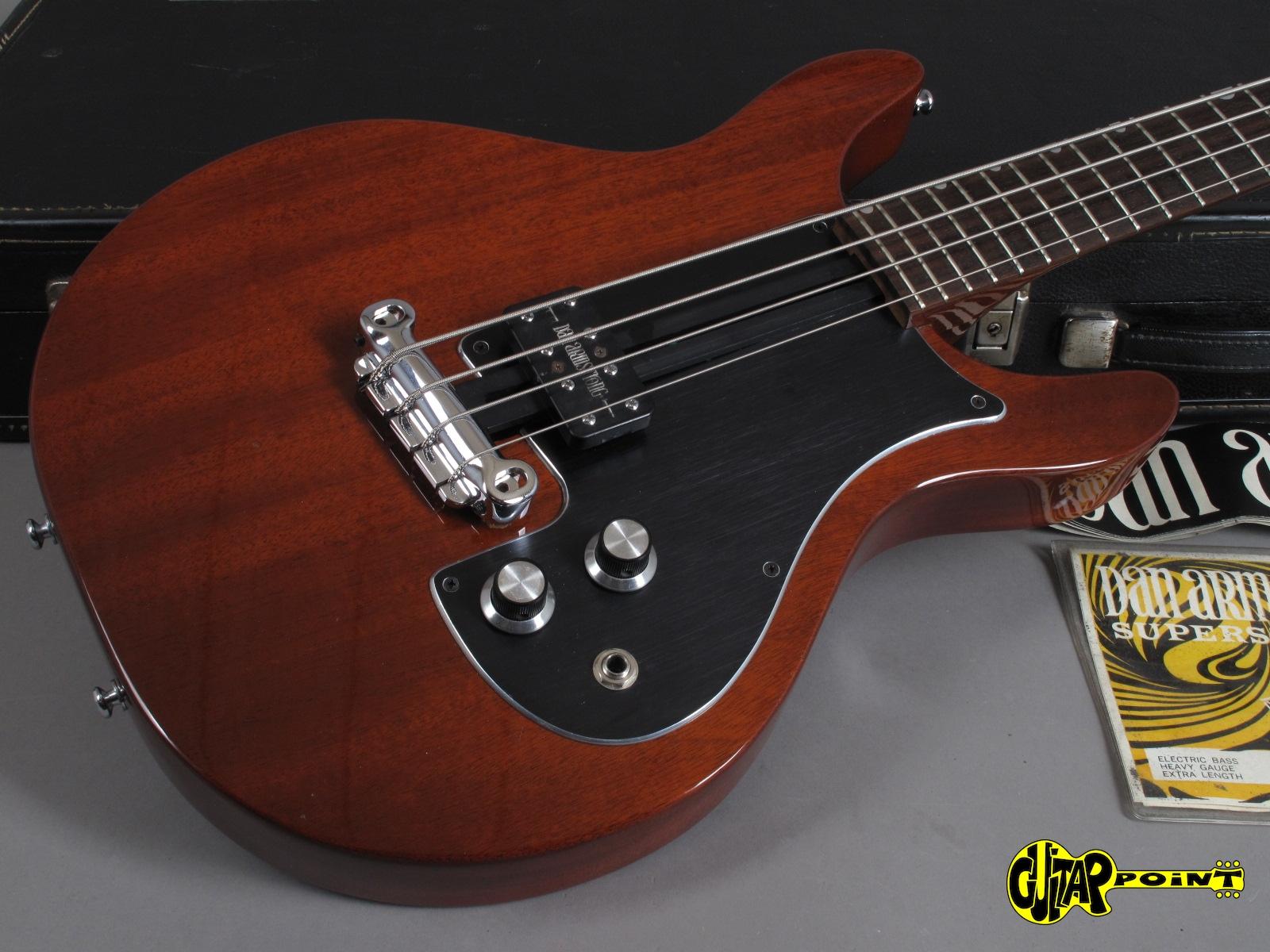 https://guitarpoint.de/app/uploads/products/1975-dan-armstrong-342-4-string-bass-cherry/DanAm75_342BassCH000481_17.jpg