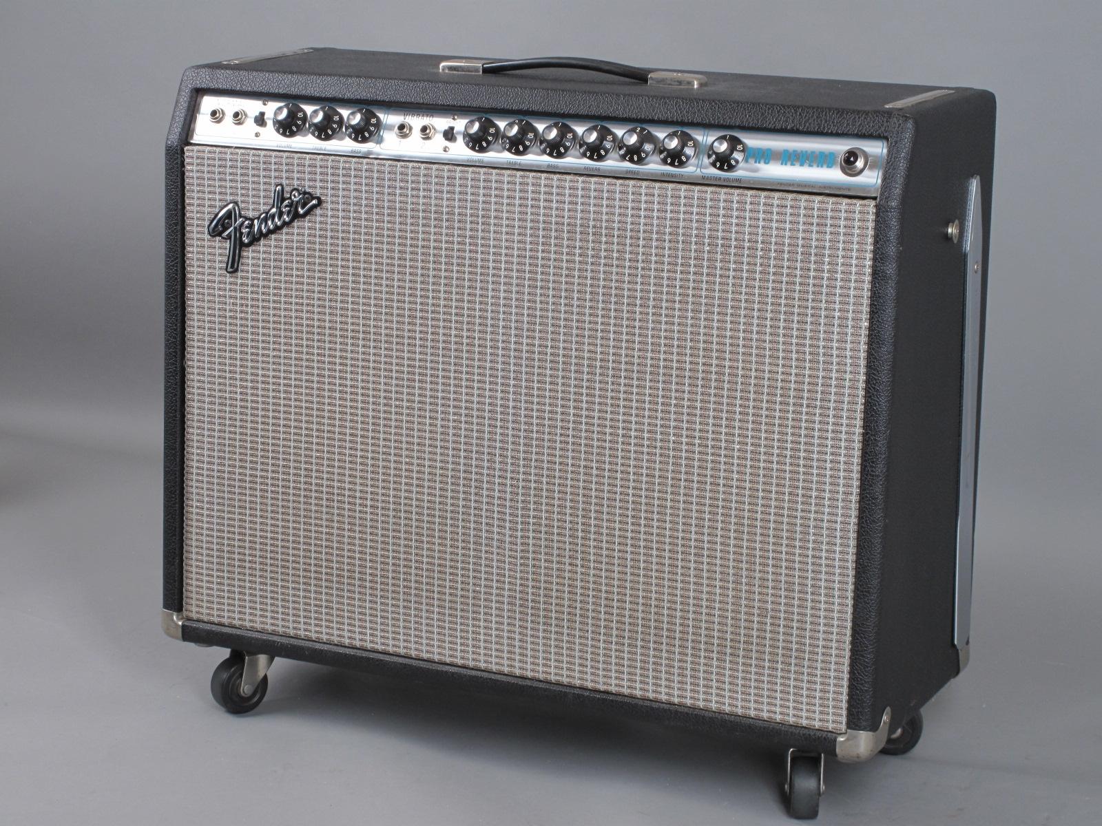 https://guitarpoint.de/app/uploads/products/1975-fender-pro-reverb-2x12-clean-w-hangtags/1974-Fender-Pro-Reverb-A18993_2.jpg