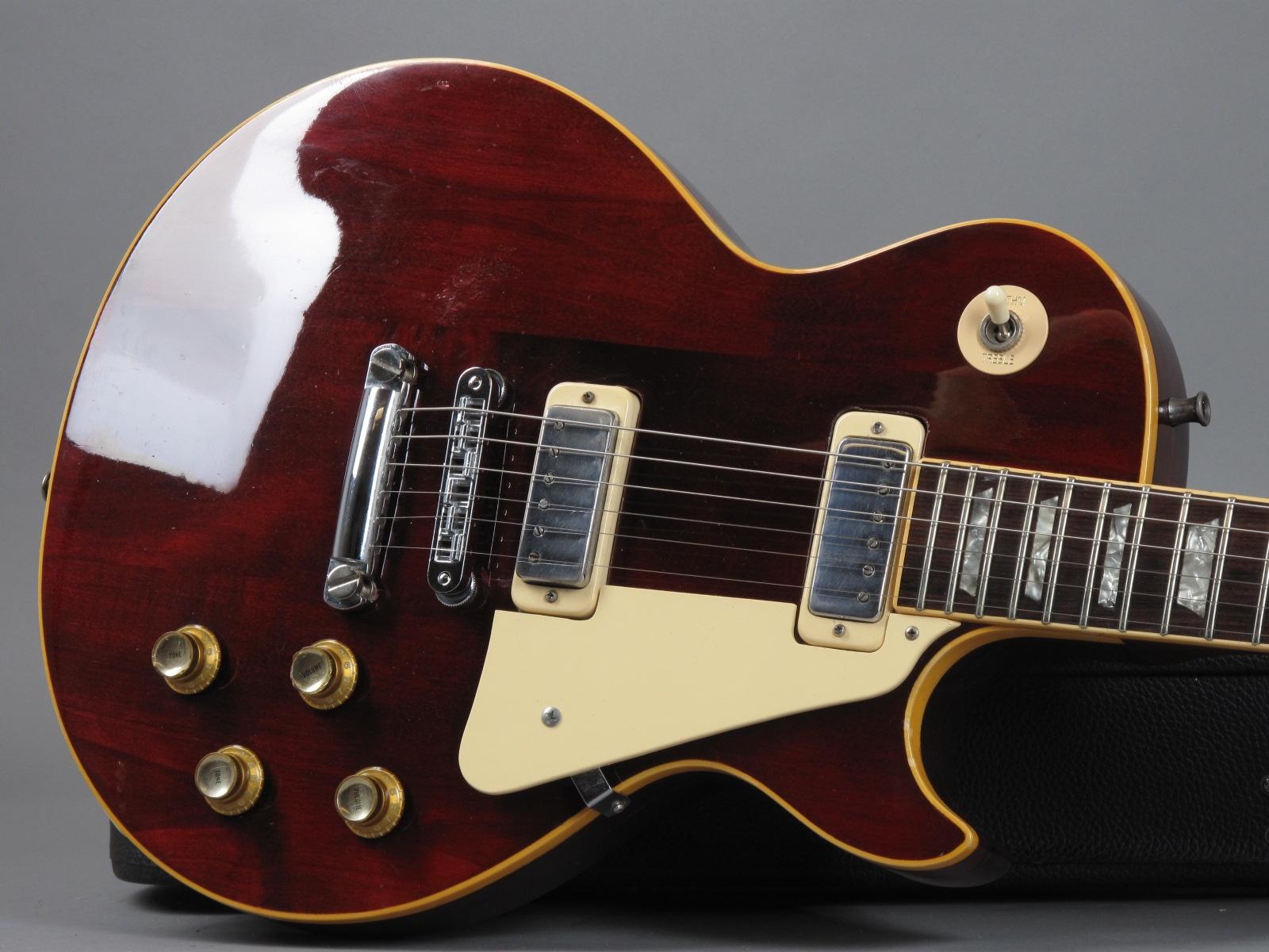 https://guitarpoint.de/app/uploads/products/1975-gibson-les-paul-deluxe-winered/1975-Gibson-Les-Paul-Deluxe-Winered_99222655_19.jpg