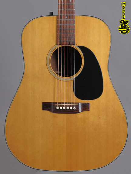 https://guitarpoint.de/app/uploads/products/1975-martin-d-18-d-natural-rare/Martin75D18D360543_2-432x576.jpg
