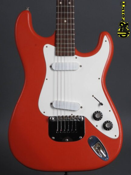 https://guitarpoint.de/app/uploads/products/1976-framus-strato-red/Framus76StratRed_2-432x576.jpg