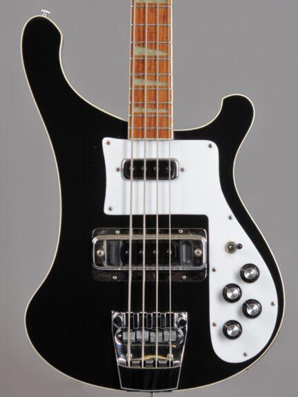 https://guitarpoint.de/app/uploads/products/1976-rickenbacker-4001-jetglo/1976_Rickenbacker-4001-Jetglo-PL7986_2-432x576.jpg