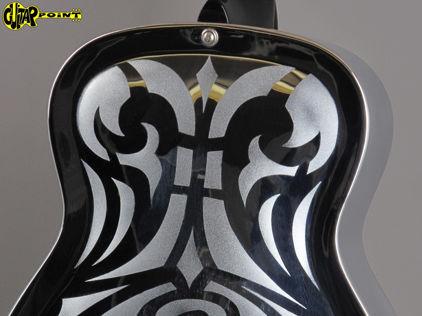 https://guitarpoint.de/app/uploads/products/1978-dobro-model-33d-round-neck-metal-body-swirl-motives/Dobro78Model33D_8.jpg