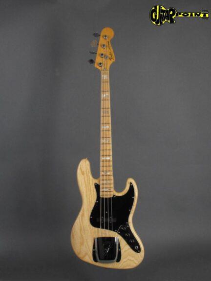 https://guitarpoint.de/app/uploads/products/1978-fender-jazz-bass-natural/Fender78JB_NTMN_S8848604x_1-432x576.jpg