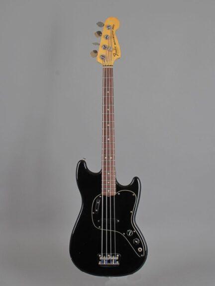 https://guitarpoint.de/app/uploads/products/1978-fender-music-master-bass-black/1978-Fender-Musicmaster-Mass-Black_S825922_1-432x576.jpg