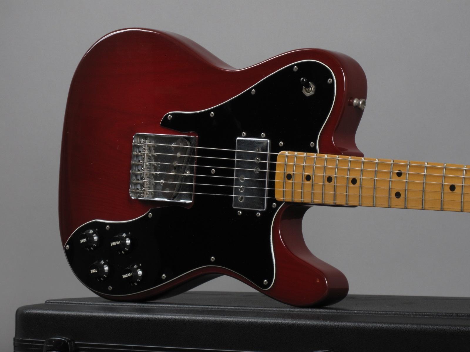 https://guitarpoint.de/app/uploads/products/1978-fender-telecaster-custom-transluscent-red/1978-Fender-Telecaster-Custom-Transluscent-Red-S815753_19.jpg