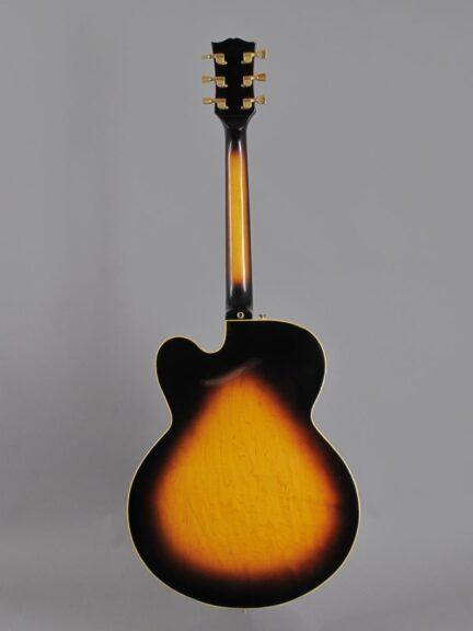 https://guitarpoint.de/app/uploads/products/1978-gibson-es-350t-sunburst/1978-Gibson-ES-350-Sunburst-72448043_3-432x576.jpg