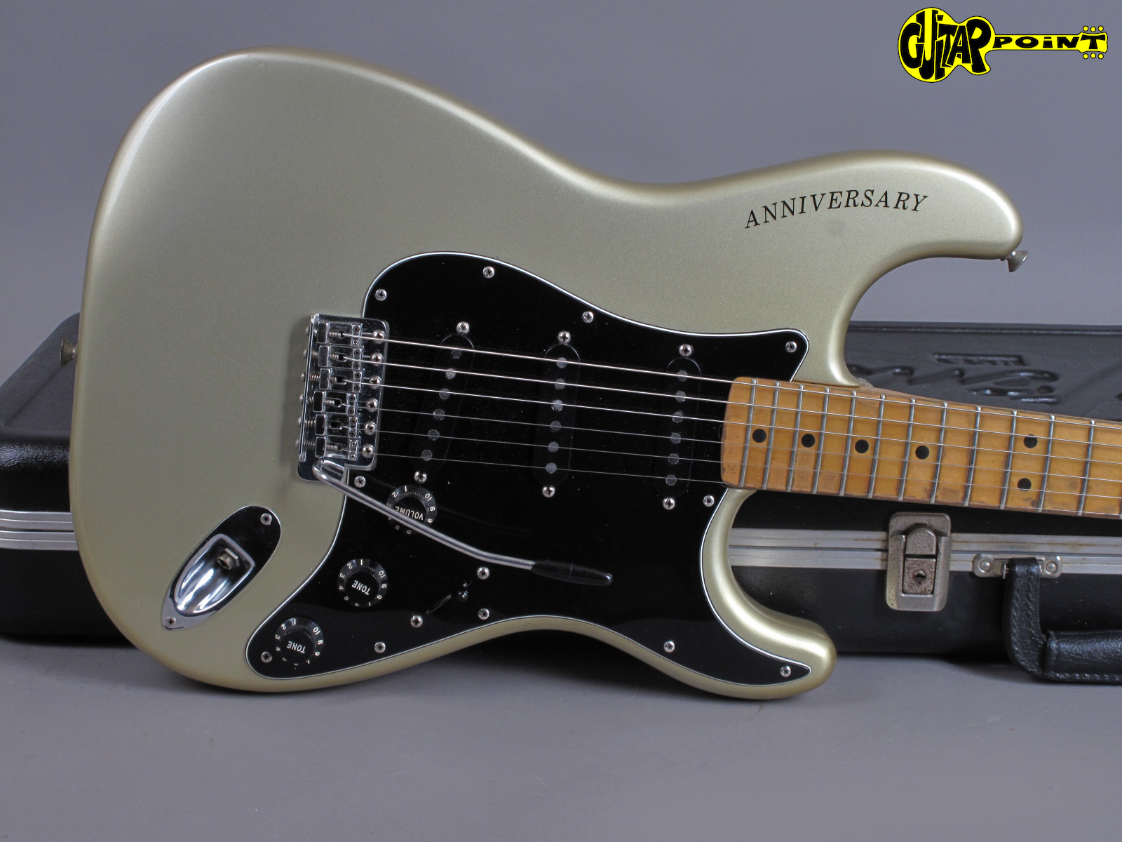 https://guitarpoint.de/app/uploads/products/1979-fender-stratocaster-25th-anniversary-2/Fender79Str25An253516_17.jpg