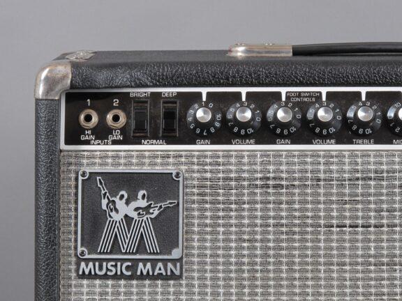 https://guitarpoint.de/app/uploads/products/1980-musicman-rd-112-sixtyfive-65-watt-1x12-combo/1980-Music-Man-RD-65-112-DN060676_3-576x432.jpg