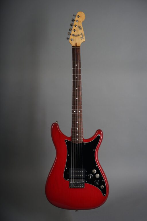 https://guitarpoint.de/app/uploads/products/1981-fender-lead-i-red/1981-Fender-Lead-I-Winered-E105612-1-scaled-512x768.jpg}