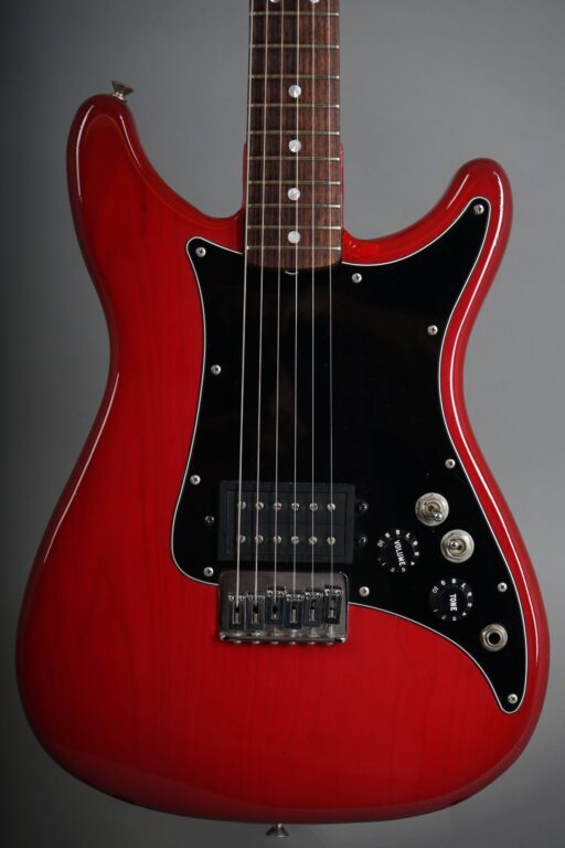 https://guitarpoint.de/app/uploads/products/1981-fender-lead-i-red/1981-Fender-Lead-I-Winered-E105612-2-scaled-512x768.jpg
