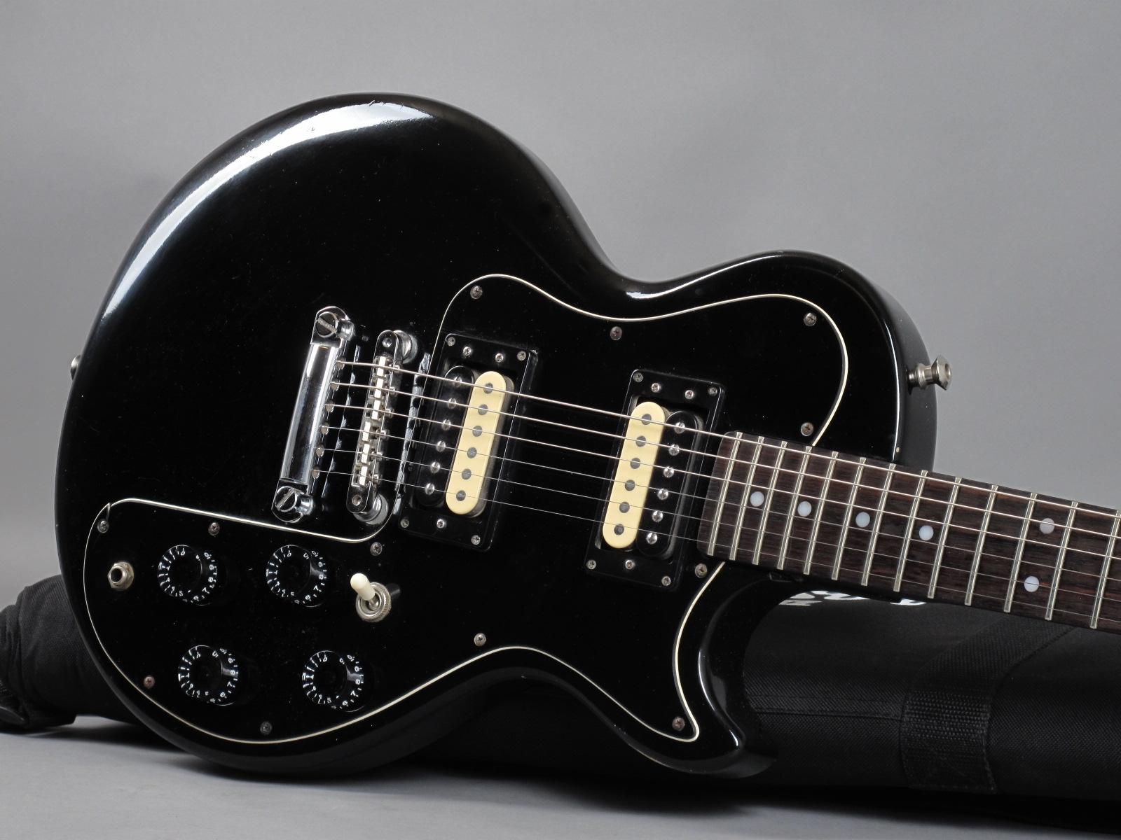 https://guitarpoint.de/app/uploads/products/1981-gibson-sonex-180-deluxe-black/1981-Gibson-Sonex-180-Deluxe-Black-82581668_19.jpg