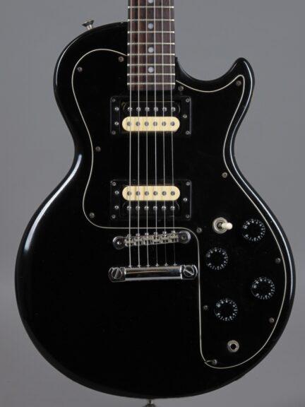 https://guitarpoint.de/app/uploads/products/1981-gibson-sonex-180-deluxe-black/1981-Gibson-Sonex-180-Deluxe-Black-82581668_2-432x576.jpg