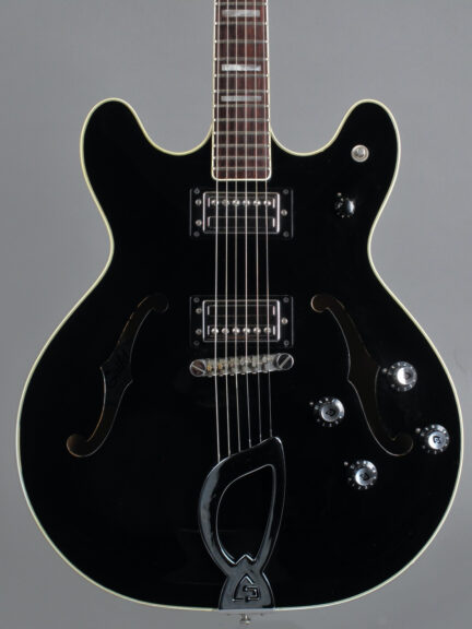https://guitarpoint.de/app/uploads/products/1981-guild-starfire-iv-black-2/1981-Guild-Starfire-IV-Black-GA100458-2-432x576.jpg}