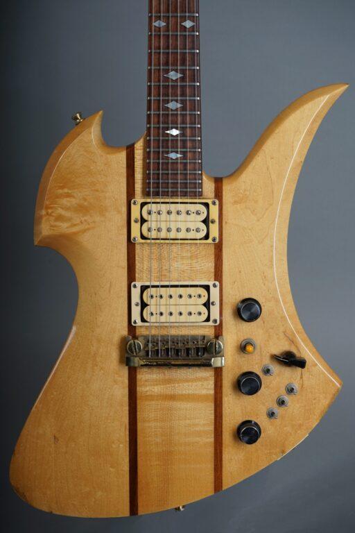https://guitarpoint.de/app/uploads/products/1982-bc-rich-mockingbird-natural/1982-BC-Rich-Mockingbird-Natural-85153-2-scaled-512x768.jpg
